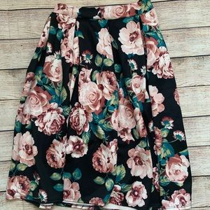 Beautiful mid length floral skirt